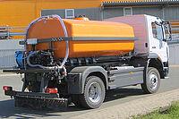 Sonderaufbauten Spezialfahrzeuge Wassertank mit Pumpen Hydr.-Anlage