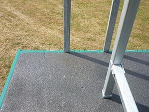 Screen floor with anti-slip coating KCN-09